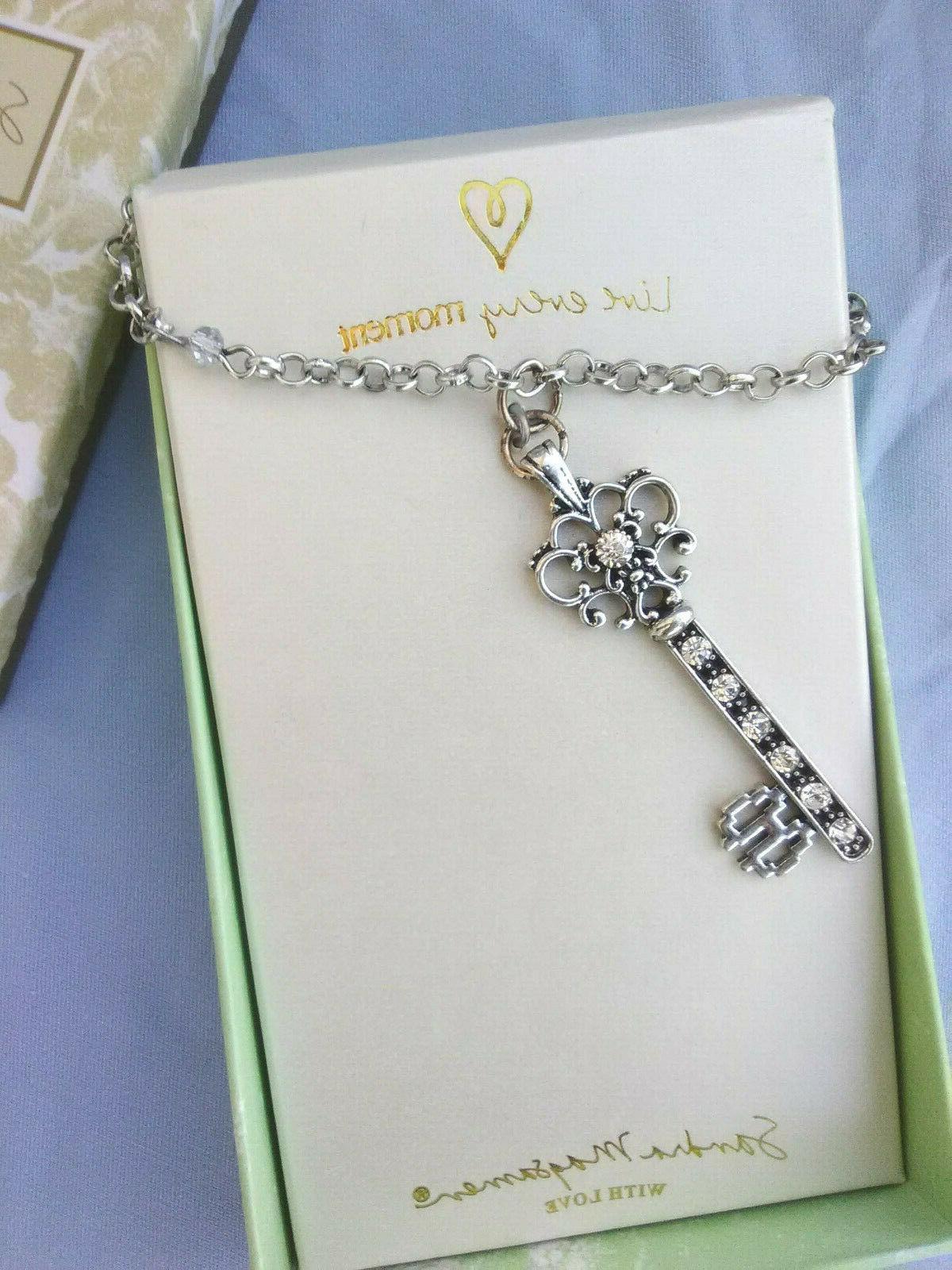 "Women's Necklace Her Magsamen Key Pendant 18"""