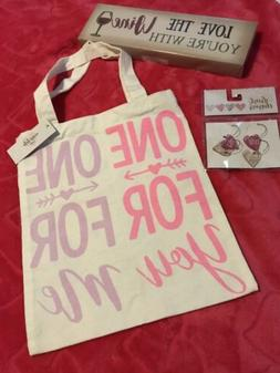 Mother's Day Cloth Wine Bag, Sign & Four Wine Charms Gift
