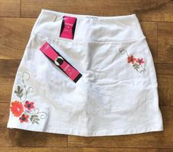 TeezHer Size Medium White Skort Skirt Shorts Slims  Smooths