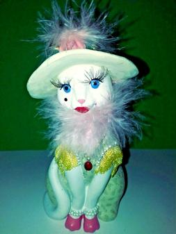 👀  Vintage sitting cat ready for her tea party New in box